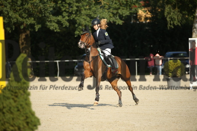Rot am See_2021_Ponyspringprüfung_Kl.M_Antonia Häsler_For President B (5)