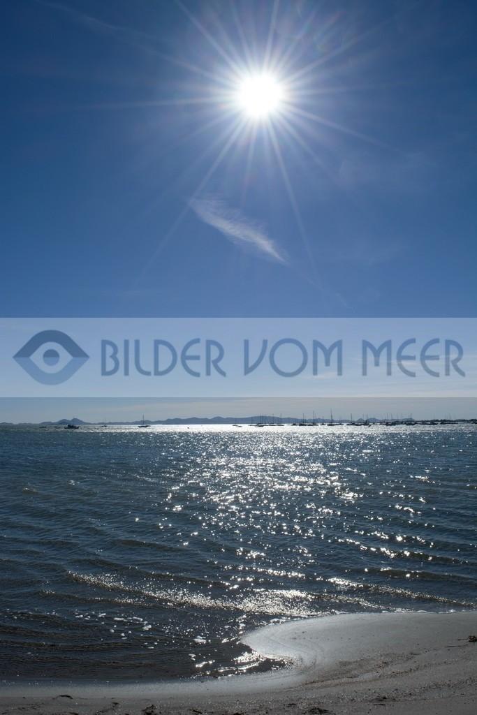 Bilder vom Meer   Meer bilder: Segelschiffe am Horizont