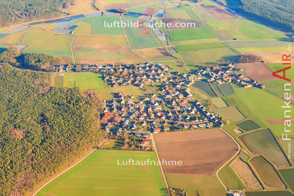 luftbild-weisendorf-2015-5807 | Luftbild von  Weisendorf - Luftaufnahme wurde 2015 von https://frankenair.de mittels Flugzeug (keine Drohne) erstellt - die Geschenkidee