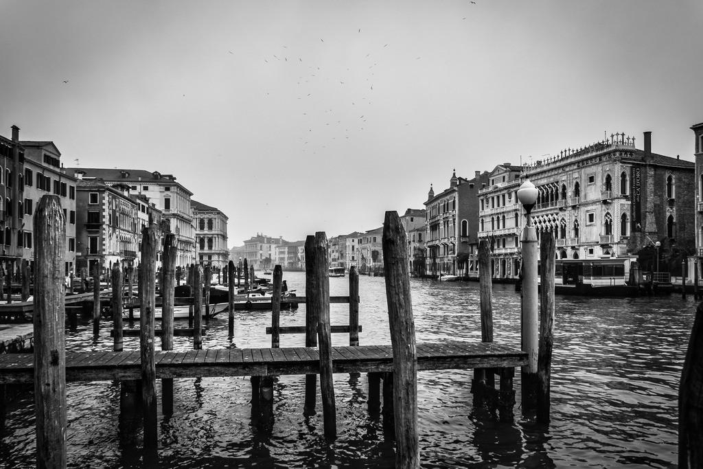 Venice-bnw-14