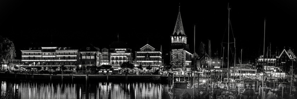 Hafenpanorama_sw_02_150-50