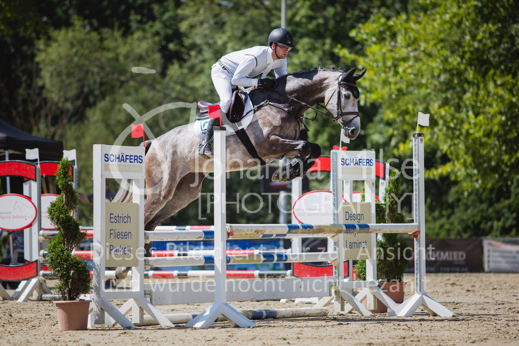 200819_Delbrück_Sprpf-A_2_1-223 | Delbrück Masters 2020 Springpferdeprüfung Kl. A** 4-6jährige Pferde