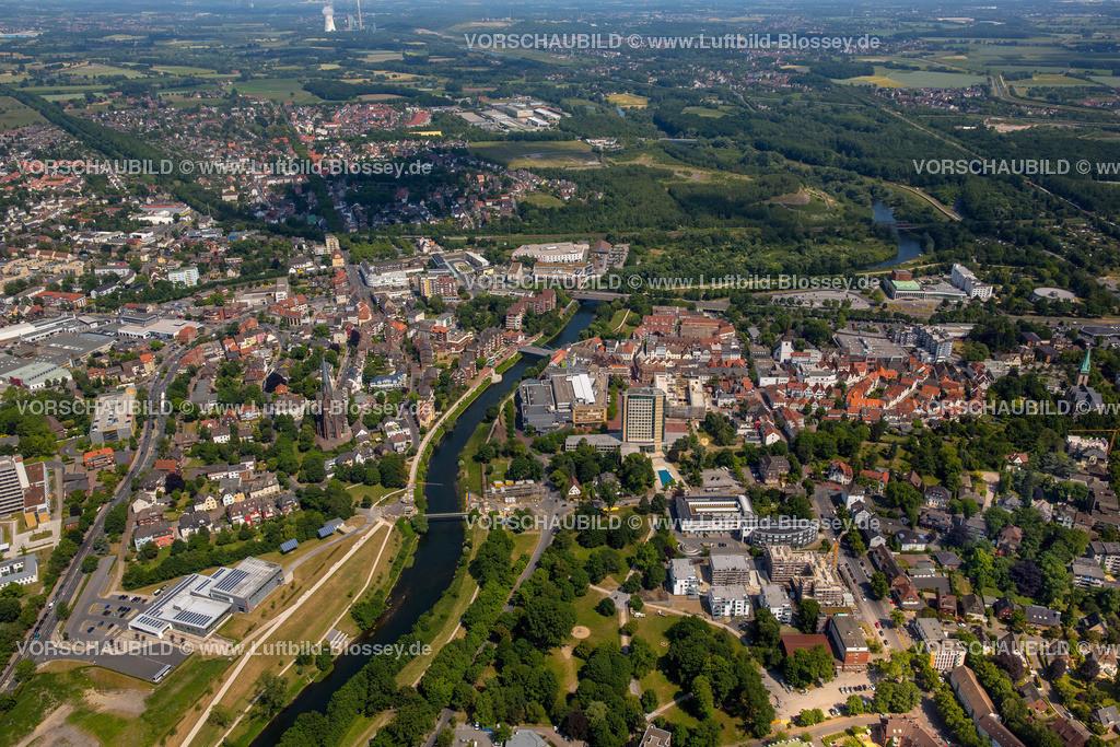 Luenen15064031 | Blick auf den Stadtkern von Lünen mit dem Umbau des Hertie-Hauses, Lünen, Ruhrgebiet, Nordrhein-Westfalen, Deutschland