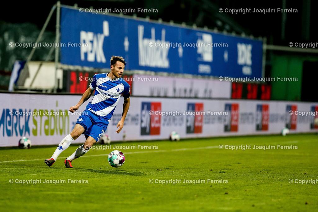 201127_svdvsbvt_0468 | 27.11.2020, xjfx, Fussball 2.BL SV Darmstadt 98 - Eintracht Braunschweig,  emspor, emonline, despor, v.l.,  Matthias Bader (SV Darmstadt 98), FREISTELLER     (DFL/DFB REGULATIONS PROHIBIT ANY USE OF PHOTOGRAPHS as IMAGE SEQUENCES and/or QUASI-VIDEO)
