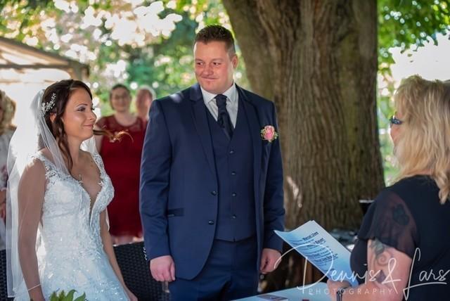 2020-09-11 Hochzeit Jessy und Marcel - Standesamt-049