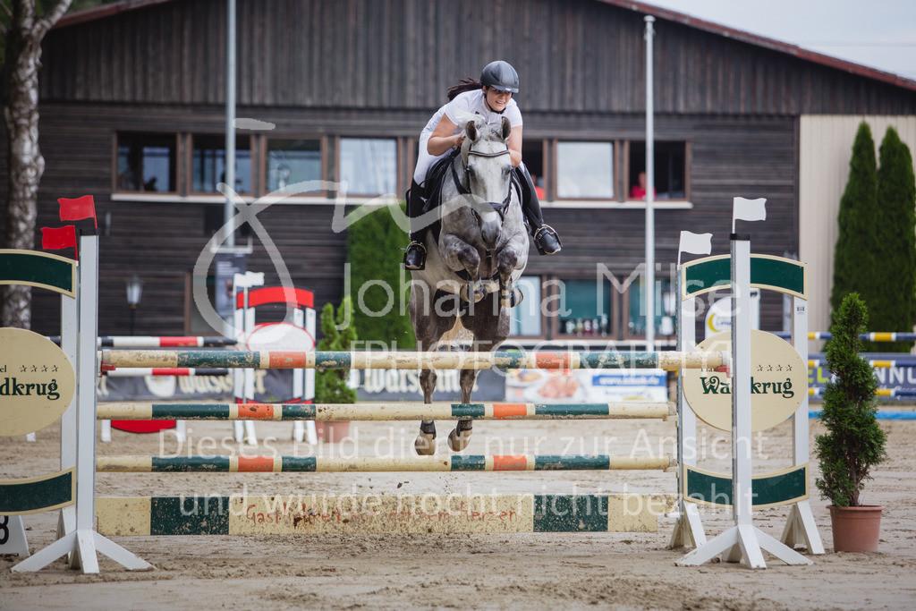 200821_Delbrück_Youngster-M-625 | Delbrück Masters 2020 Springprüfung Kl. M* Youngster Springen 6-8jährige Pferde