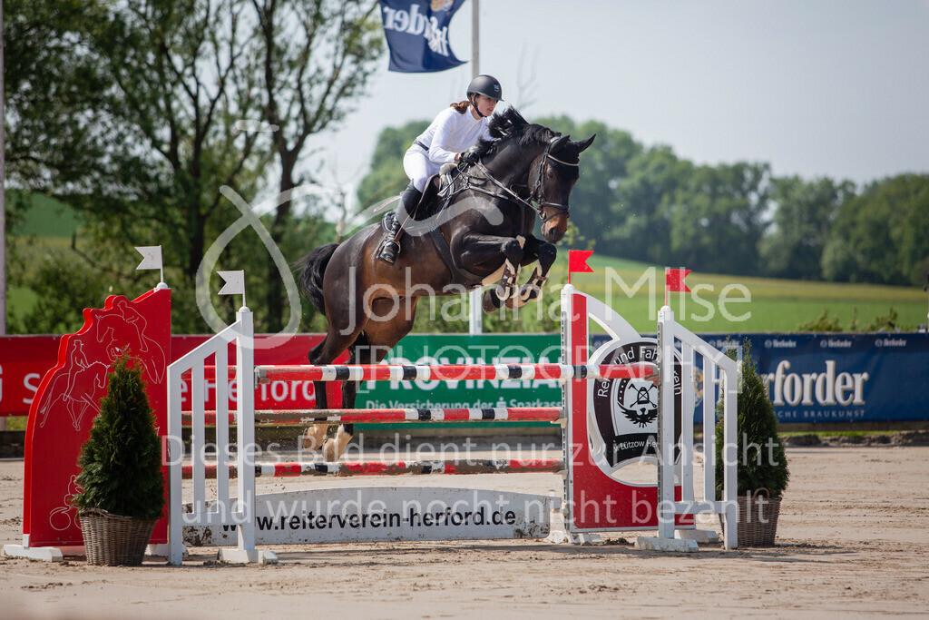 190524_LüPfSpTa_M-Spr_U25-306 | Pferdesporttage Herford 2019 Springprüfung Kl. M* U25