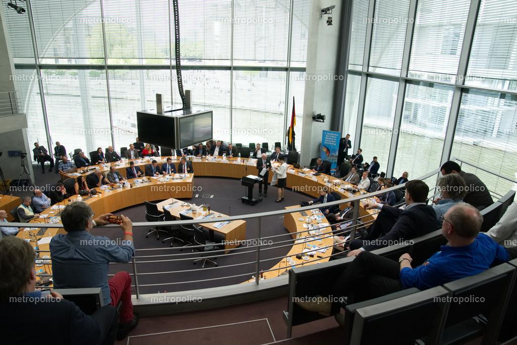 Medienkonferenz Bundestag Plenum Saal freie alternative Medien bei der AfD Fraktion am 10. Mai 2019 im Bundestag (9)