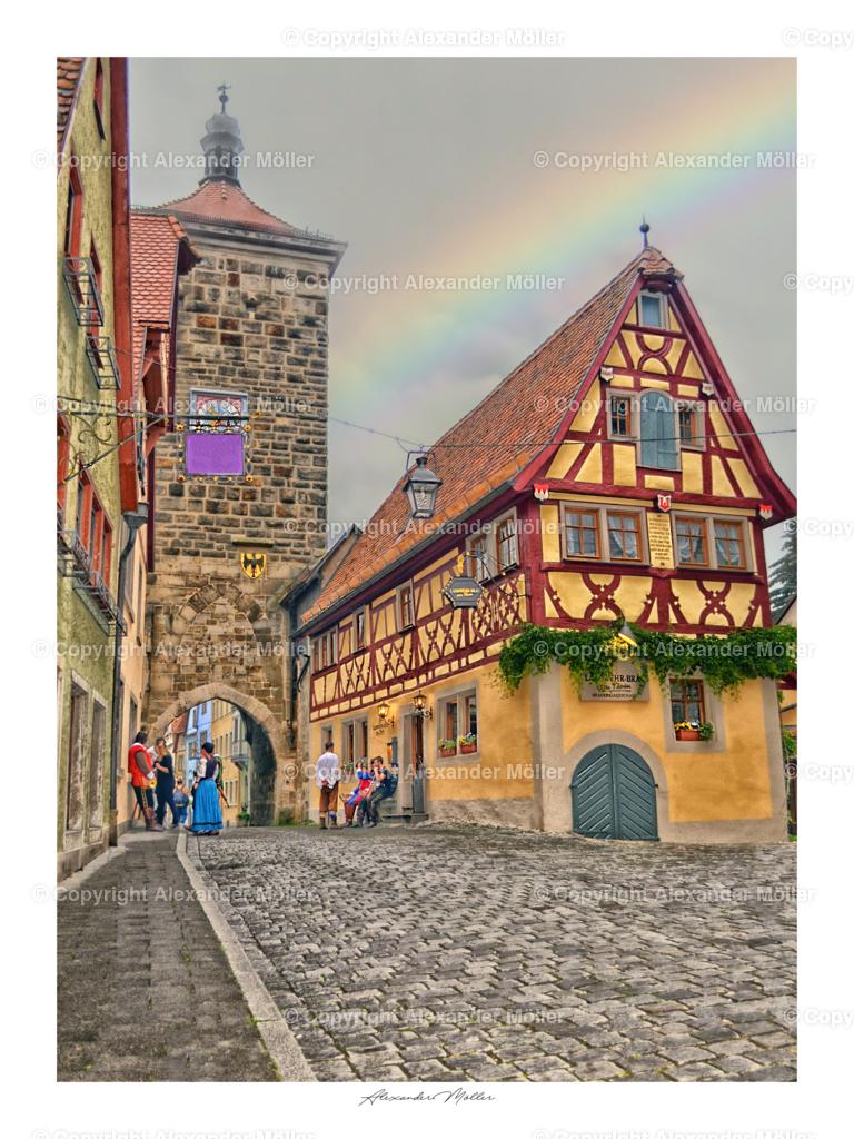 Rothenburg ob der Tauber No.29 | Dieses Werk zeigt den Siebersturm mit Wirtshaus. Der Siebersturm steht im Rücken des Plönlein. Er hat den Namen von den früheren Müllern die an diesem Turm das Mehl siebten.