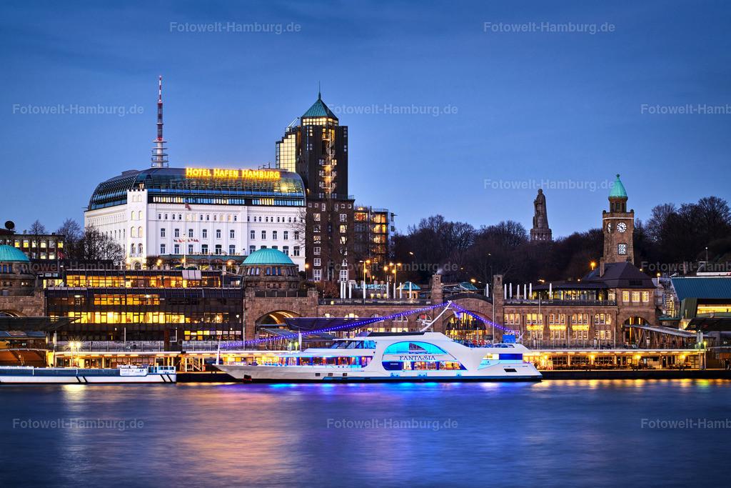 10200203 - Landungsbrücken und Hotel Hafen Hamburg