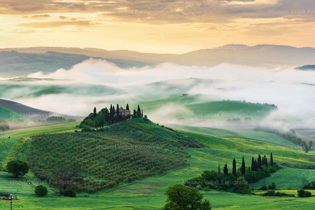 Morgennebel in der Toskana | Morgenstimmung im Val d'Orcia in der Toskana.