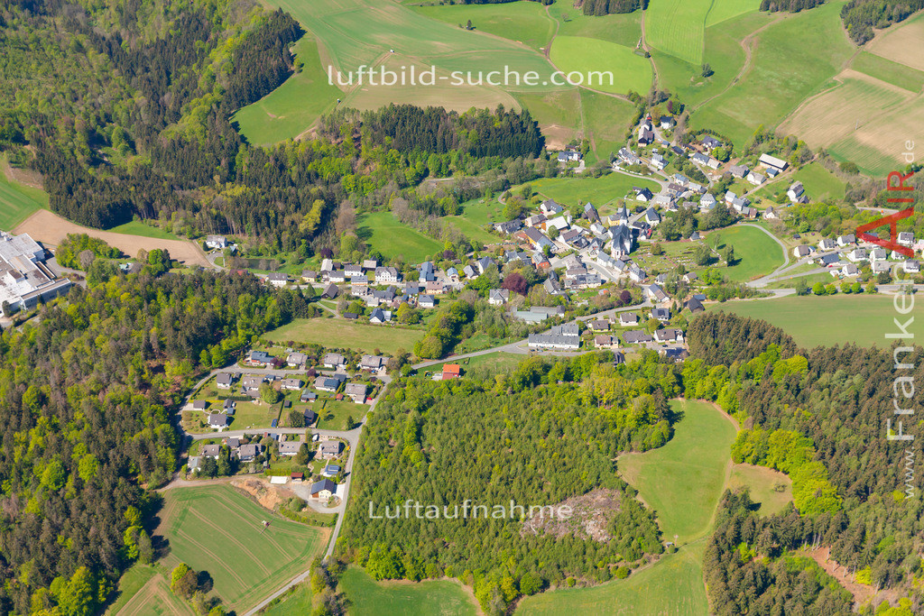 grafengehaig-19-919   aktuelles Luftbild von  Grafengehaig  - Luftaufnahme wurde 2019 von https://frankenair.de mittels Flugzeug (keine Drohne) erstellt.
