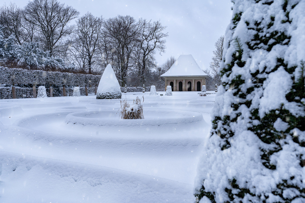 Schnee am Schloss 1.1