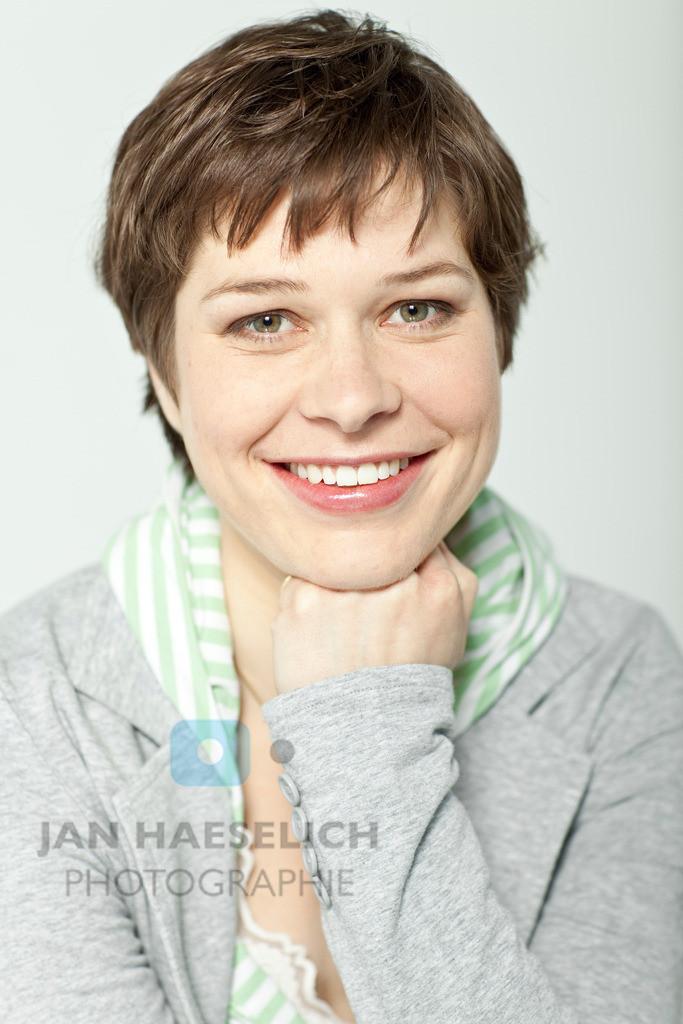 Meike Droste   Fototermin in Hamburg am 31.03.2010 zur ARD Fernsehserie