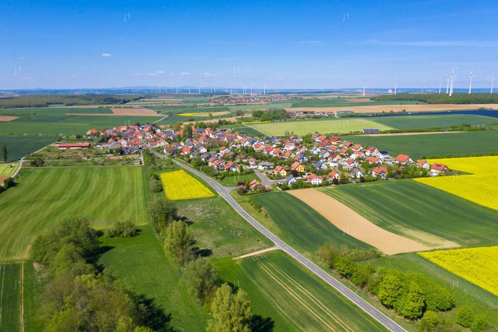 J1_DJI_0954_260420_Püssenheim