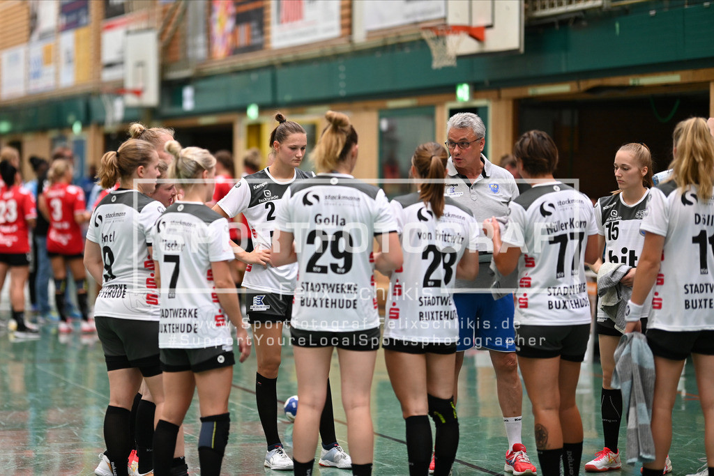 FZ6_0520 | ; Handball I Testspiel I Buxtehuder SV - TSV Bayer 04 Leverkusen am 01.08.2020 in Buxtehude  (Halle Nord), Deutschland