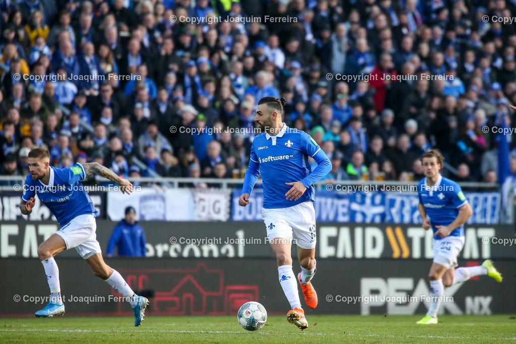 191221svdvshsv_1051 | 21.12.2019 Fussball 2.Bundesliga, SV Darmstadt 98-Hamburger SV emspor, despor  v.l.,  Tobias Kempe (SV Darmstadt 98),Serdar Dursun (SV Darmstadt 98),Yannick Stark (SV Darmstadt 98)    (DFL/DFB REGULATIONS PROHIBIT ANY USE OF PHOTOGRAPHS as IMAGE SEQUENCES and/or QUASI-VIDEO)