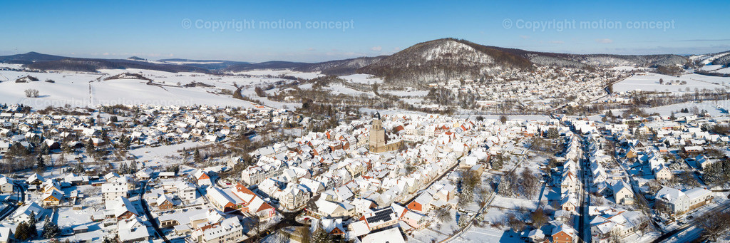 Panorama_Zierenberg Richtung Schreckenberg_3zu1