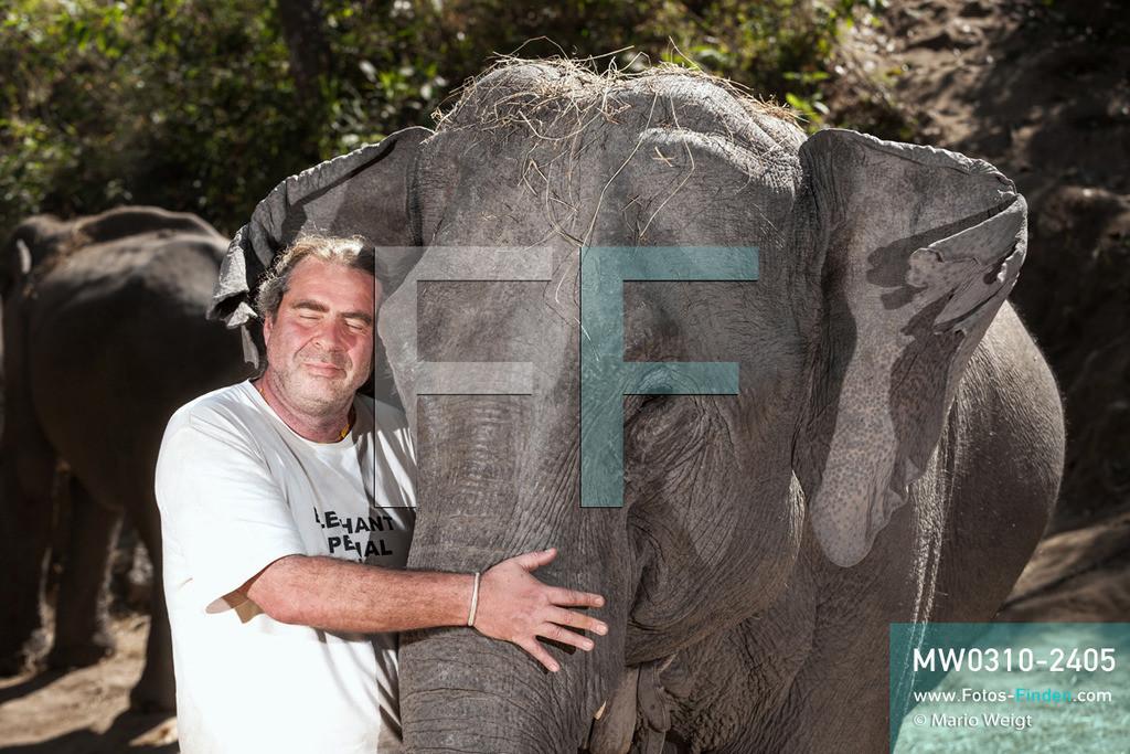 MW0310-2405 | Thailand | Mae Sapok | Bodo Jens Förster | Elephant Special Tours | Februar 2010  ** Feindaten bitte anfragen bei Mario Weigt Photography, info@asia-stories.com **