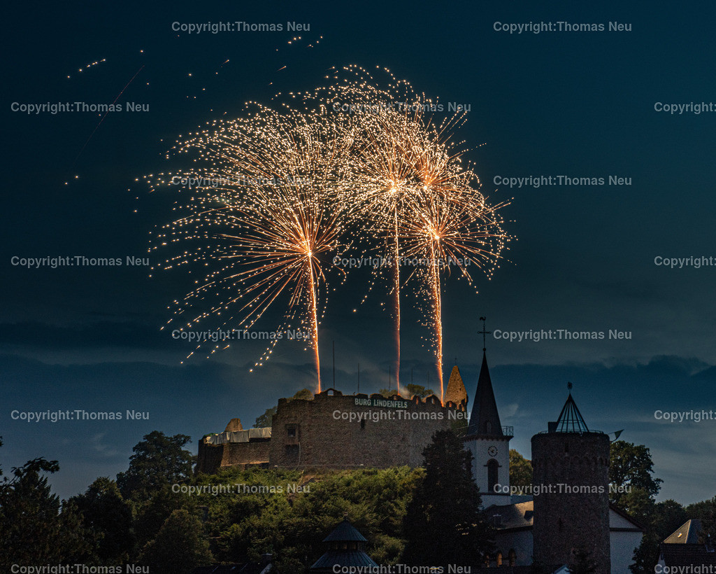 DSC_8547 | Lindenfels, Burgfest Startschuss mit Lampionumzug und Feuerwerk, ,, Bild: Thomas Neu