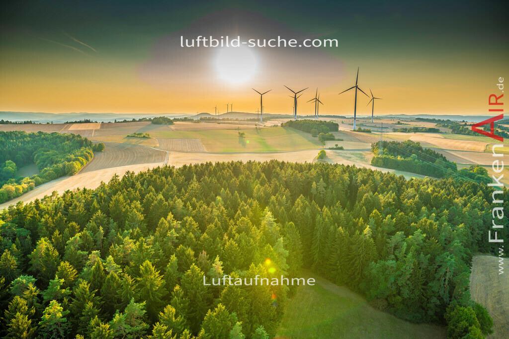 windpark-mainleus-18-667 | aktuelles Luftbild von Windpark Mainleus - Luftaufnahme wurde 2018 von https://frankenair.de mittels Flugzeug (keine Drohne) erstellt.