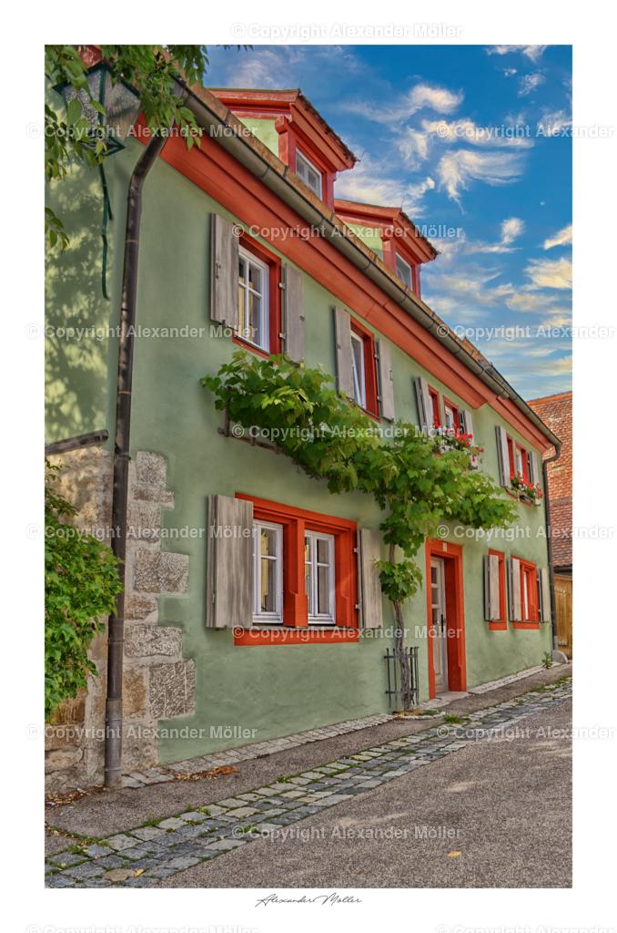 Rothenburg ob der Tauber No.25 | Dieses Werk zeigt ein liebevoll gestaltetes Wohnhaus inmitten der Altstadt.