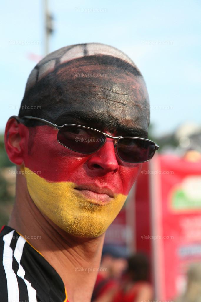 Gesichtbemalung-Deutsch
