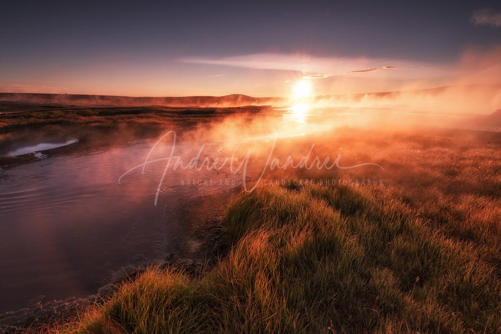 Geysire beim Sonnenaufgang
