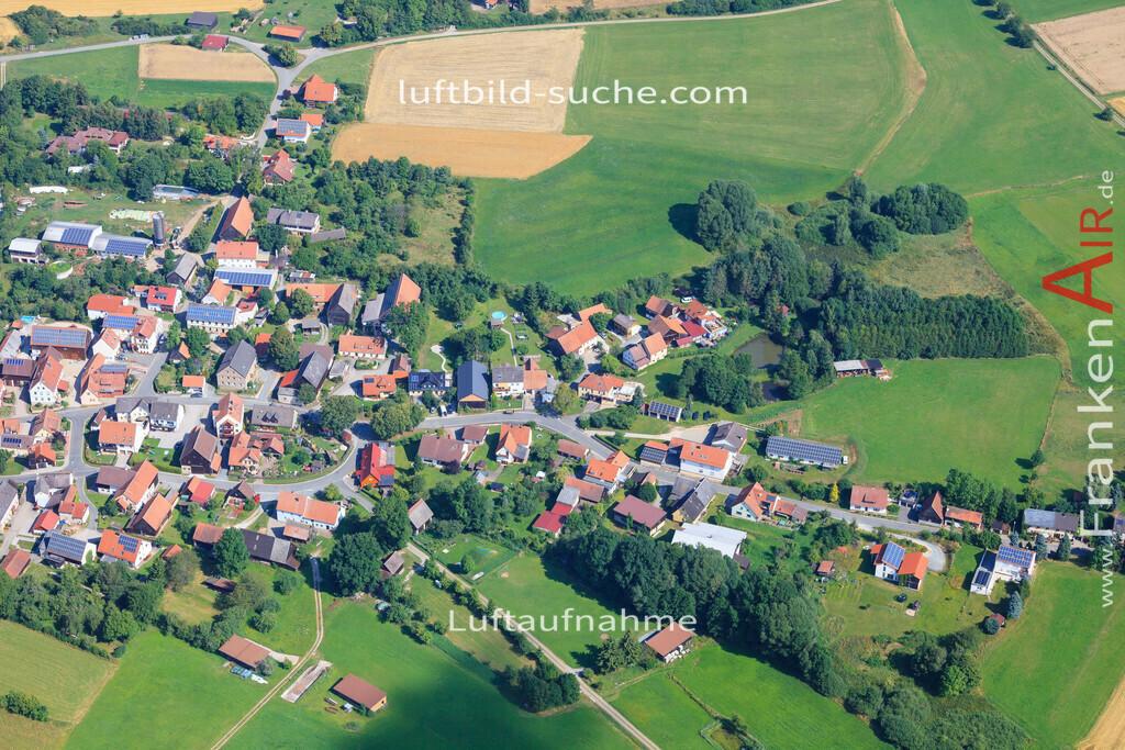 tannfeld-thurnau-2014-76 | Luftbild von Tannfeld Thurnau - Luftaufnahme wurde 2014 von https://frankenair.de mittels Flugzeug (keine Drohne) erstellt - die Geschenkidee