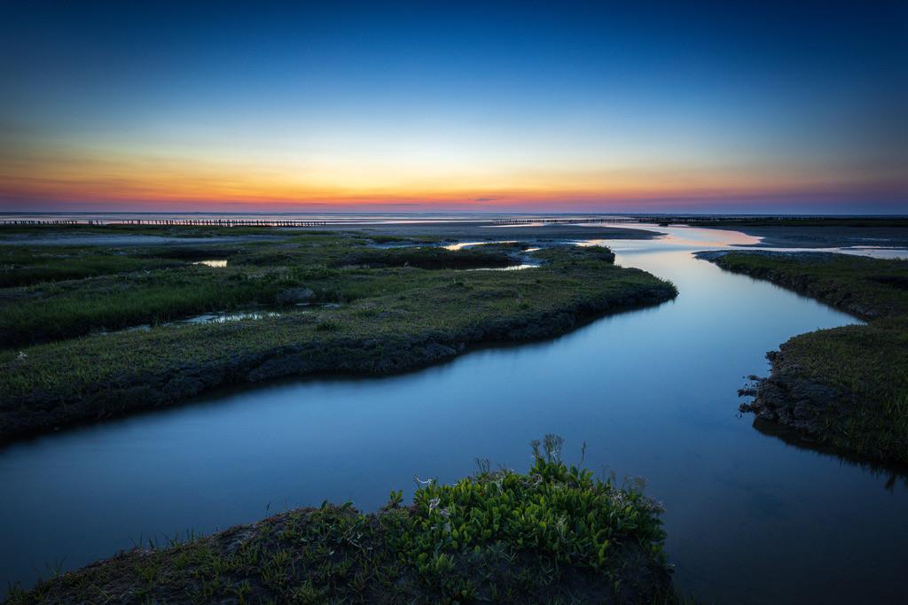 Blue Saltflats   Blaue Stunde vor der Küste Eiderstedts