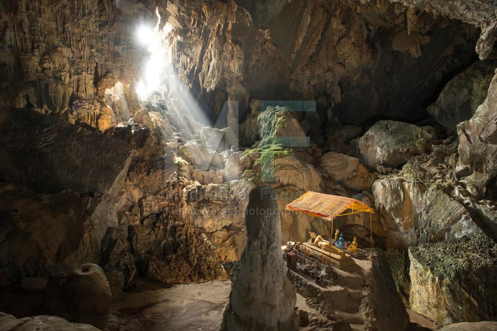 MW1212-3750 | Laos | Höhle in Vang Vieng