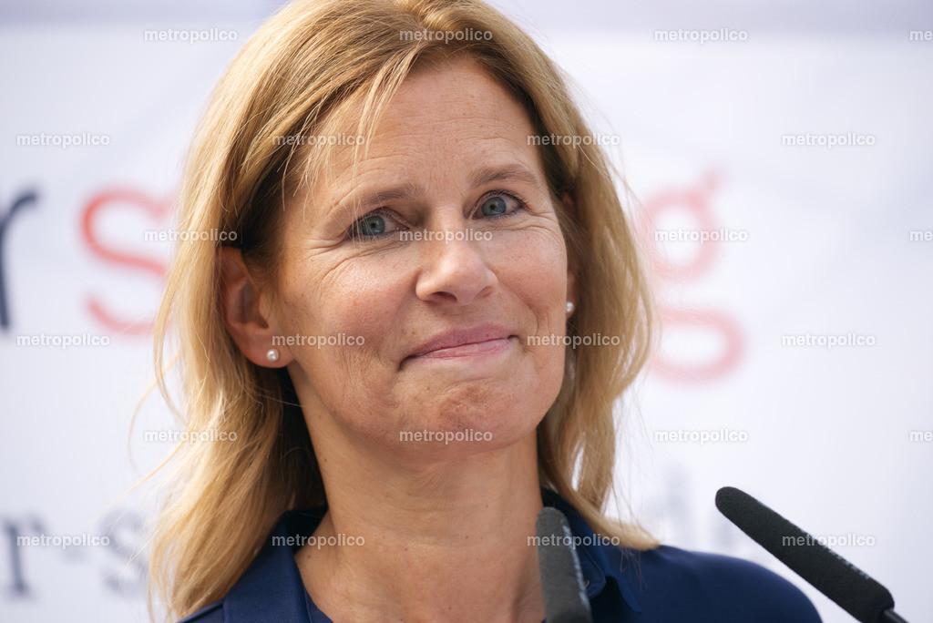 Katrin Müller-Hohenstein (2)