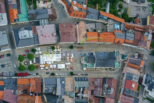 luftbild-traunstein-stadt-maxplatz-bruno-kapeller-11 | Luftaufnahme vom Stadtplatz in Traunstein, historische Altstadt, Sommer 2019.