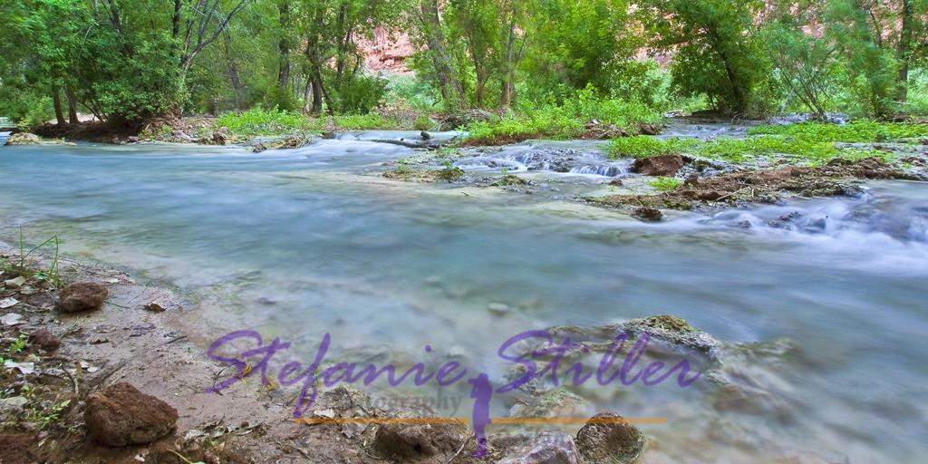 Havasu Creek | The creek meanders through Havasu Canyon /  Der Creek schlängelt sich gemütlich durch den Canyon