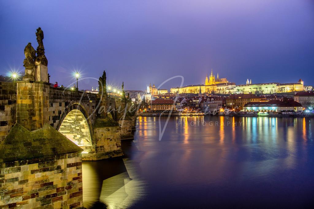 Karlsbrücke   Die wunderschöne Karlsbrücke in Prag