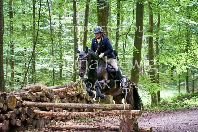 Jagd Knoop 216744_Marina Hewig