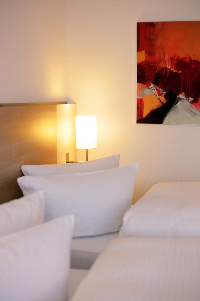 zimmer-03-hplus-hotel-bochum