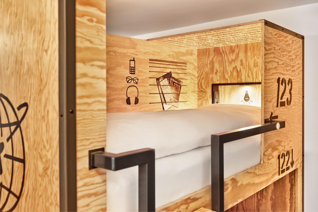 zimmer-zehnbettzimmer-05-hplus-hotel-wien