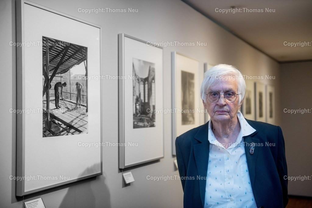 Edelmann_01 | Bensheim, Vernissage Fotografische Chronik der Stadt Frankfurt von Ursula Edelmann im Museum Bensheim ,, Bild: Thomas Neu