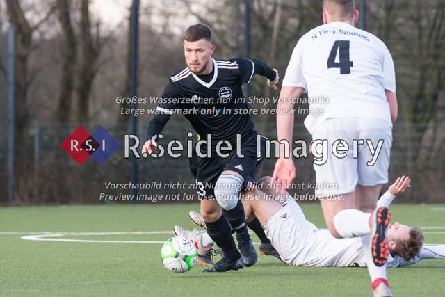 Fußball, Herren, Kreisliga 3, ETSV Hamburg II - SC Vier- und Marschlande III., Mittlerer Landweg, 01.03.2020   Egor Gergenrejder (#23, ETSV)