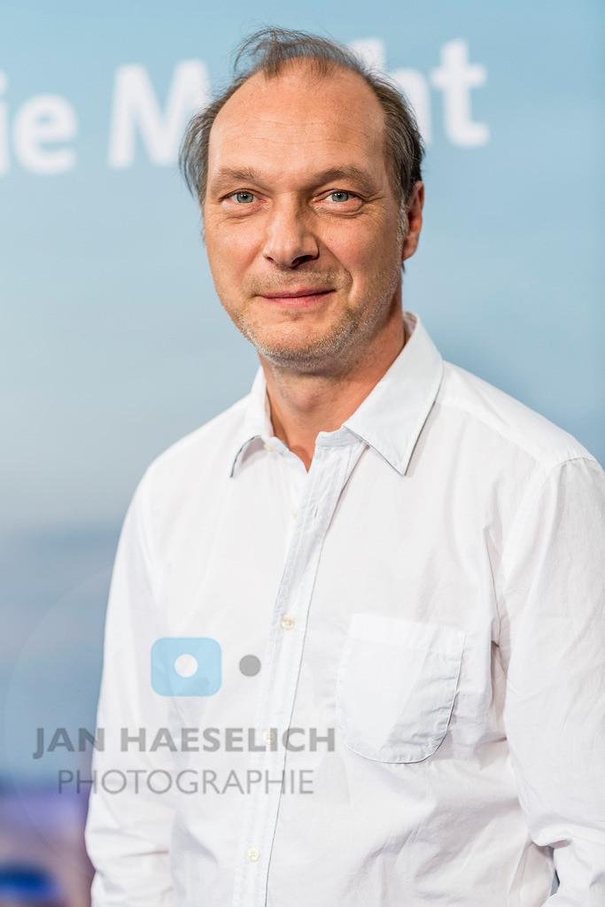"""Martin Brambach beim Fototermin in Hamburg am 5.11.2015: """"Die Stadt und die Macht"""