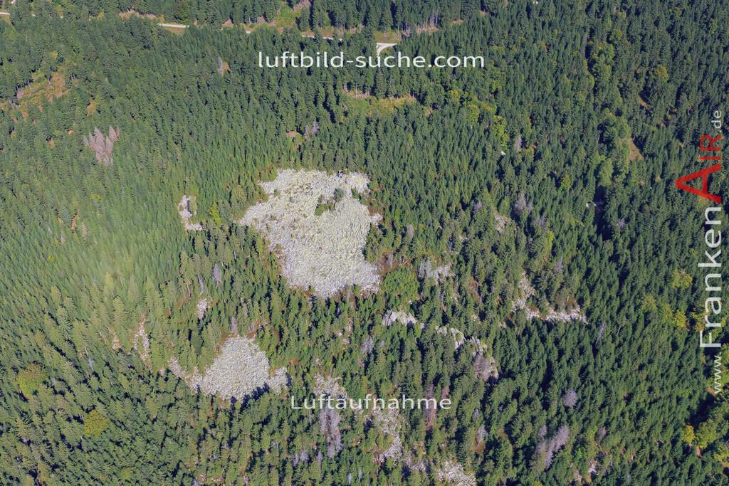 schneeberg-17-5394 | Luftbild von Schneeberg  - Luftaufnahme wurde 2017 von https://frankenair.de mittels Flugzeug (keine Drohne) erstellt - die Geschenkidee