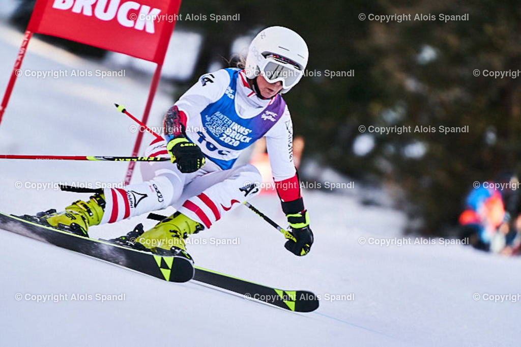 ALS6004_WWMG_GS-II_C   (C) FotoLois.com, Alois Spandl, WinterWorldMastersGames 2020 Innsbruck, Giant Slalom-II Gruppe C Damen, Patscherkofel Olympiaabfahrt, Mi 15. Jänner 2020.