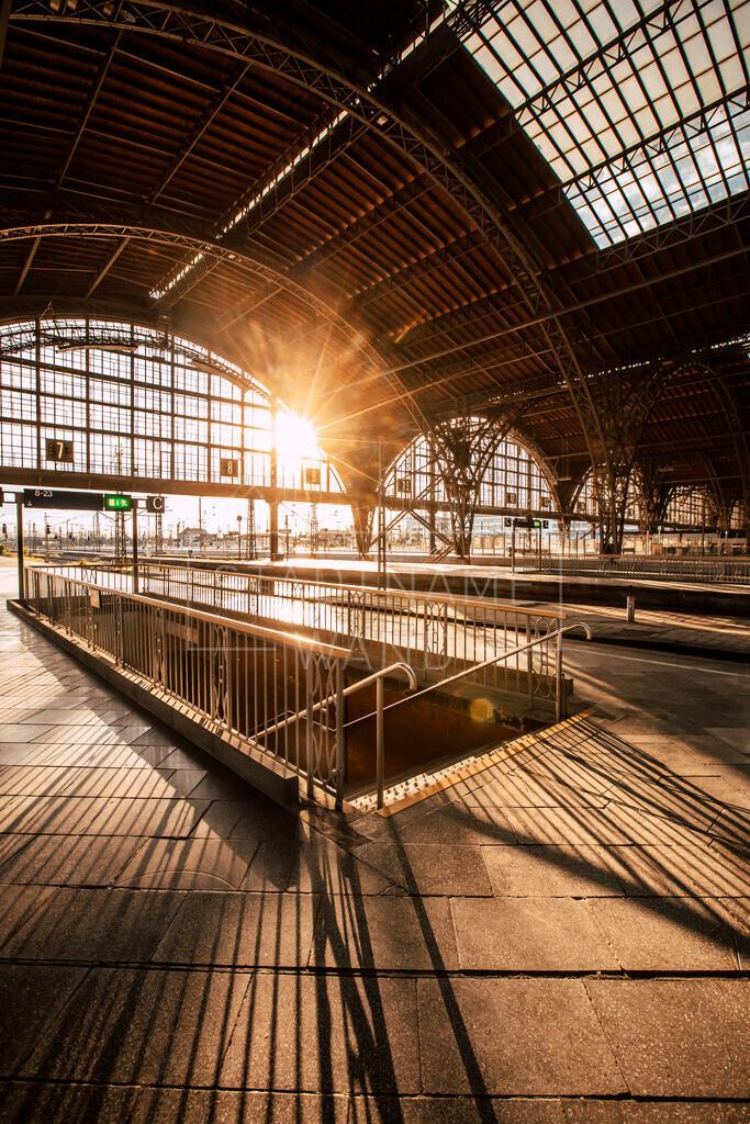 Hauptbahnhof Früh 2020 Leipzig (2)