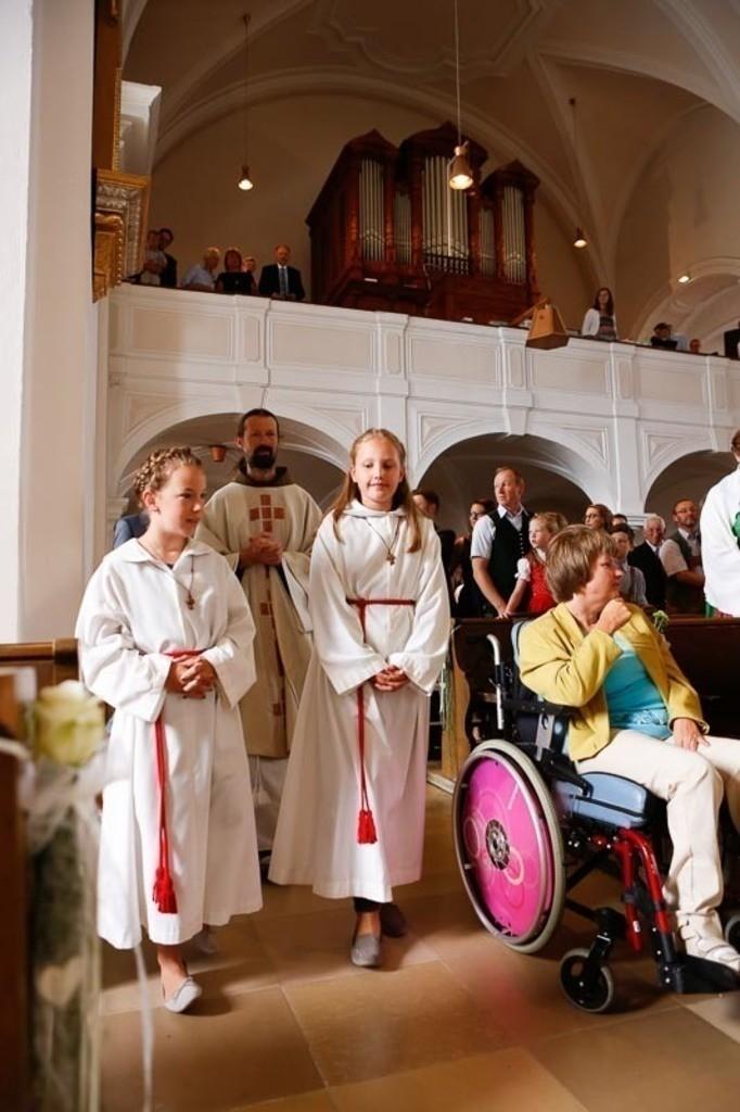 Carina_Florian zu Hause_Kirche WeSt-photographs01152