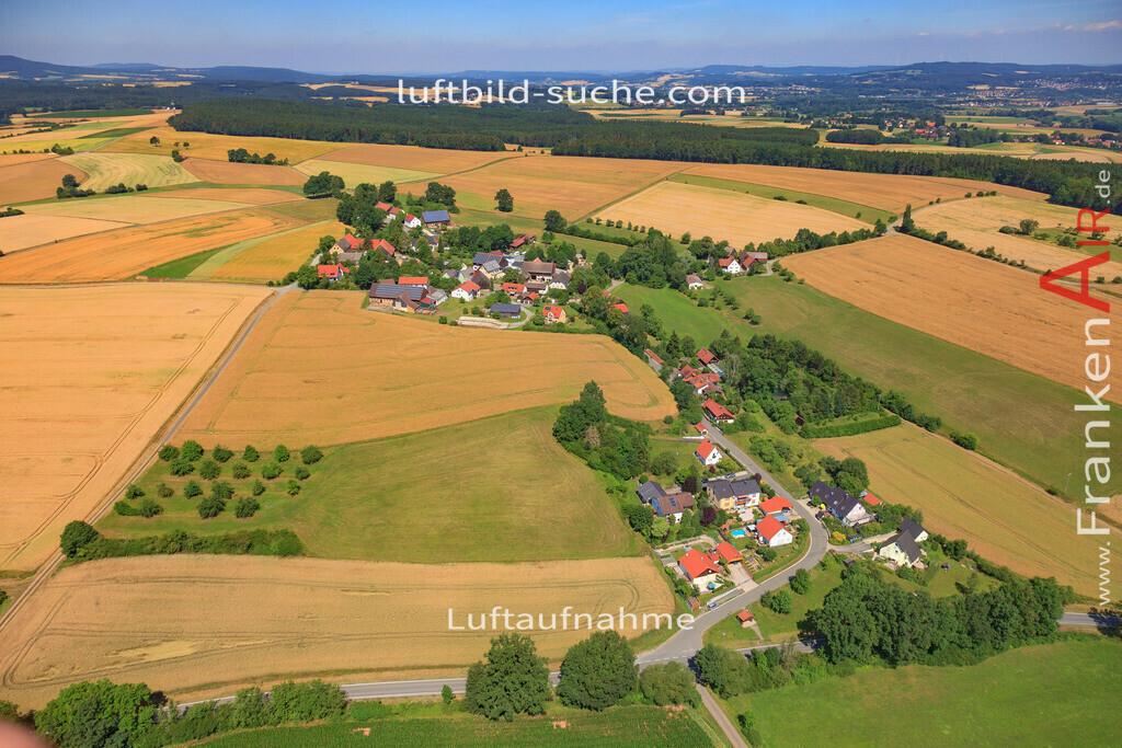 kemeritz-thurnau-17-1661   Luftbild von Kemeritz Thurnau - Luftaufnahme wurde 2017 von https://frankenair.de mittels Flugzeug (keine Drohne) erstellt - die Geschenkidee