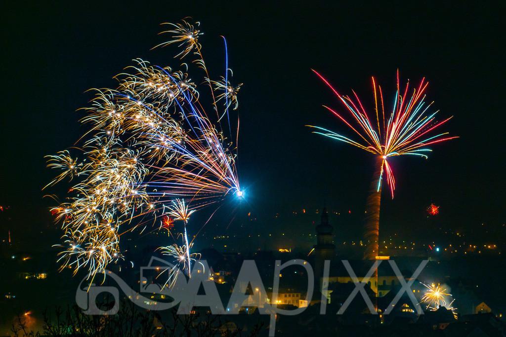 Feuerwerk Aalen | Salvatorkirche / Aalen City