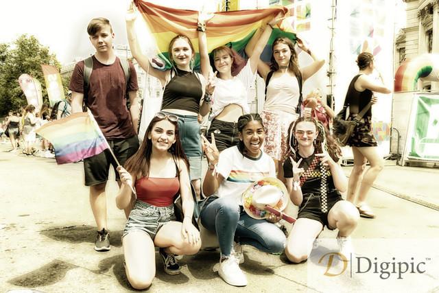 Regenbogenparade 1 (69)_2 -Vorschaubild