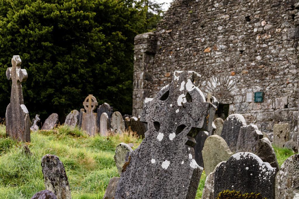 Ireland-Glendalough (2)