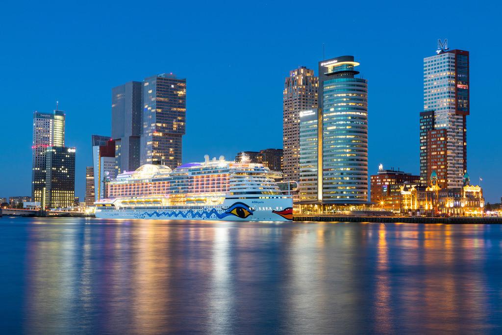JT-180512-029 | Rotterdam, Skyline an der Nieuwe Maas,  Hochhäuser am